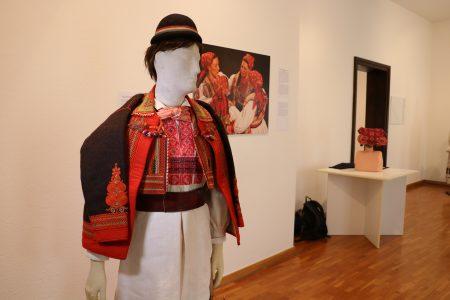 Zakladi hrvaške oblačilne in nesnovne dediščine